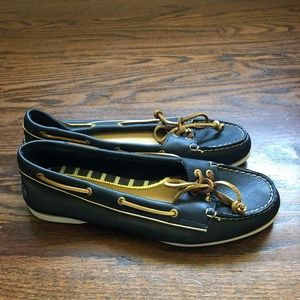 Brand New Sperry Navy Shoes Size 9